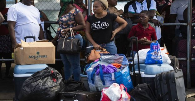 2500 is registered as missing in the Bahamas after the hurricane