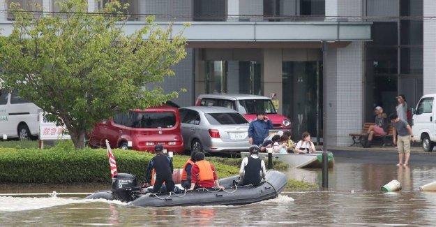 870.000 people evacuated in Japan