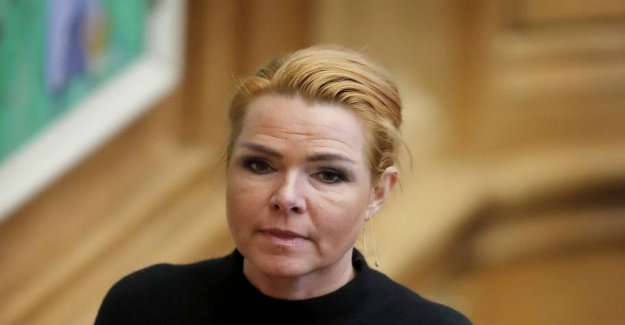 Turmoil in the Left hand, Sent a prompt email after Støjberg-candidacy