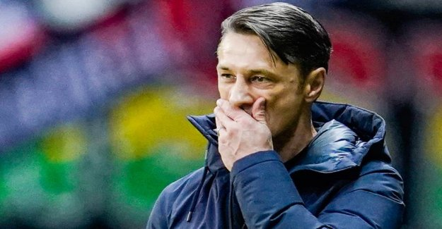 Bomb in Bavaria: the Coach kicked at the gate