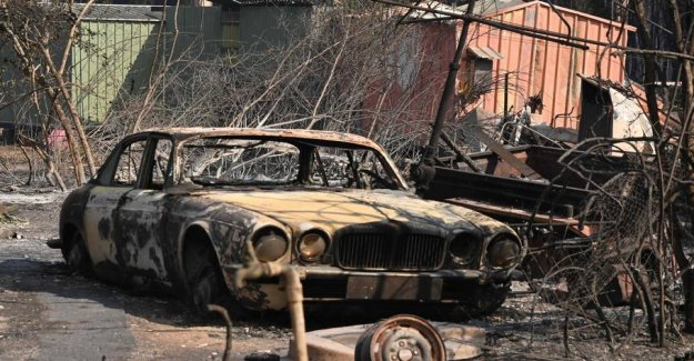 Catastrophic fire threatens areas around Sydney