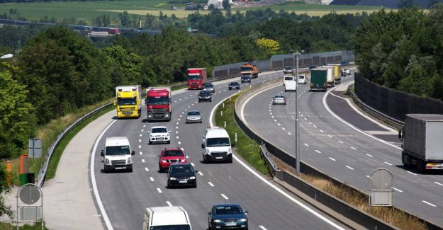 Following the new rules: 30.000 Danish drivers have been fine