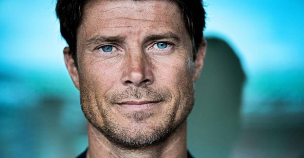 Laudrup on Bendtner: - A young person's downfall