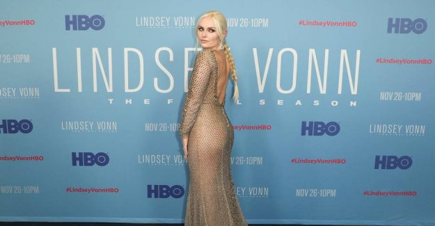 The superstar in the nude-dress to own premiere