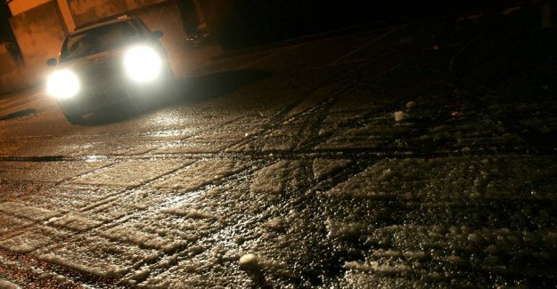 DMI warns: Beware of slippery roads