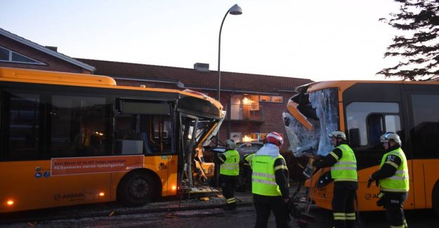 Two buses bumped head-on together