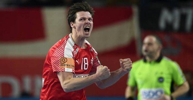 Giants bow in the dust for Denmark