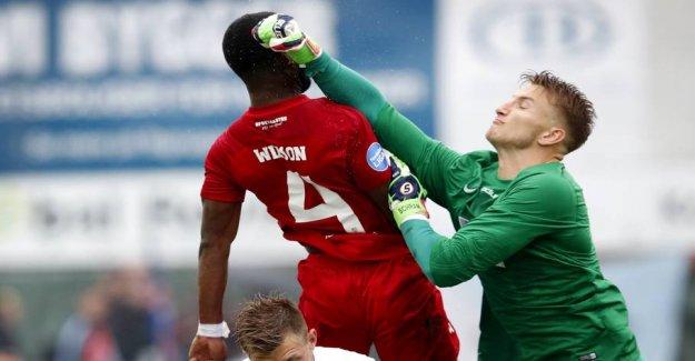 Goalie injured: Superliga-club responds quickly