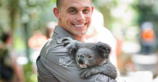 Zoo boss rescues animals from the bush-fires - saved them at home