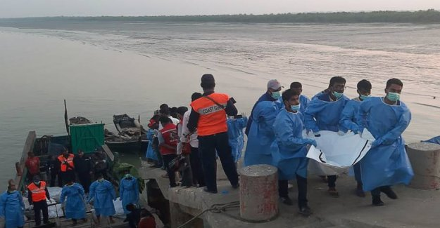 15 women and children drowned in the shipwreck