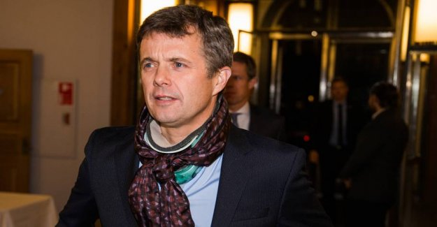 Crown prince Frederik operated after the american singer, actor,