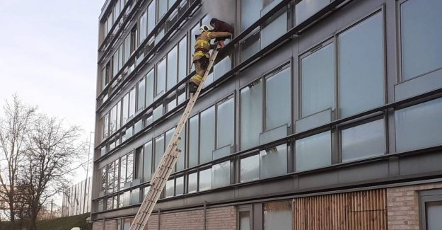 Fire in apartment: Five people evacuated