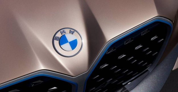 Can you see the difference? BMW has a new logo
