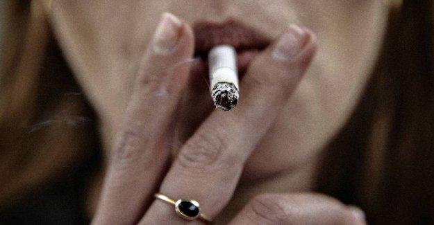 Coronaekspert: - Smoking is a risk factor