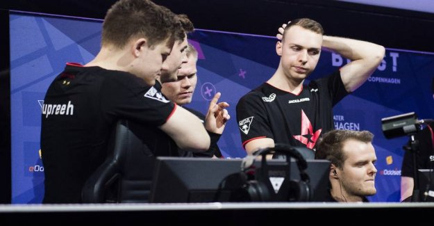 Formsvage Astralis download new blood