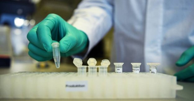 Researchers are trying the first possible coronavaccine on a man