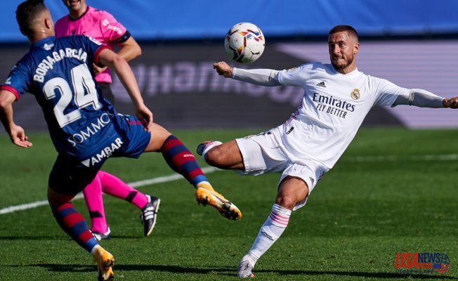 Benzema Brace, Hazard opener and Valverde rocket put Real Madrid 8 points clear of Barcelona