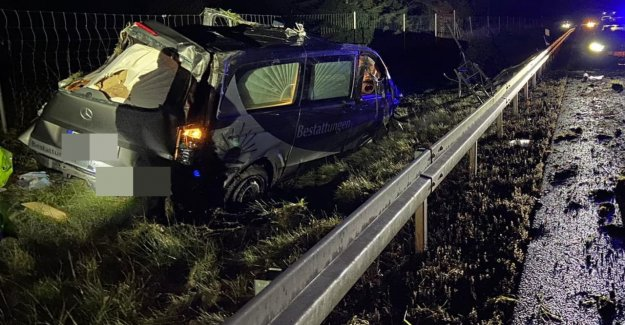 Accident in Saxony: a hearse killed in an accident on the A4