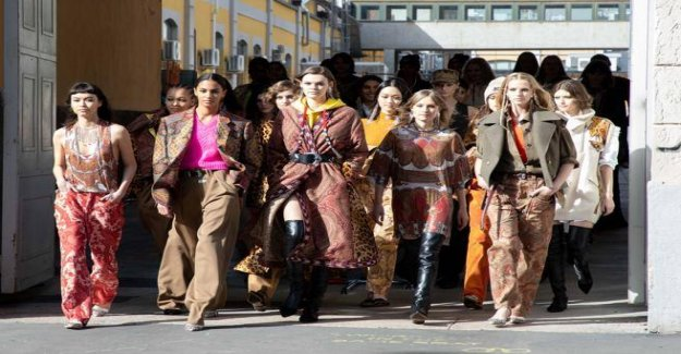 Etro, all out of the comfort zone. The third day of the Fashion Week