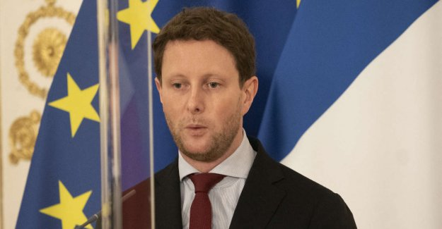 Follow live political Issues with Clement Beaune, secretary of State for european affairs