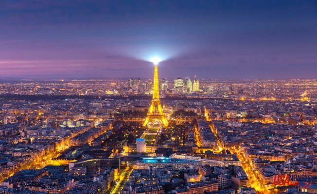 Benefits of Dating a Shemale to Spend A Crazy Night in Paris