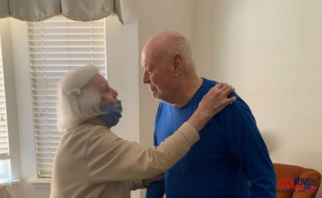Couple in their 90s reunited after being separated for a year Because of COVID-19