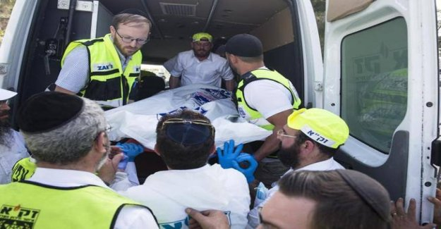 Who are the followers of Toldot Aharon Hassidi, the ultra-Orthodox involved in the Mount Meron incident