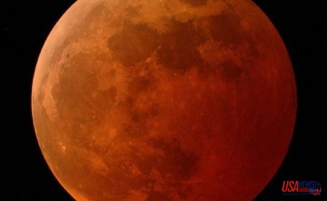Super Flower Blood Moon: Beautiful Photographs of This total lunar eclipse of 2021
