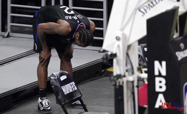 Clippers' Kawhi Leonard sprains right kneefor Game 5