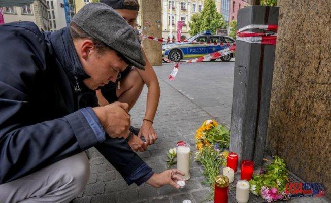 German investigators search for motive in fatal knife attack