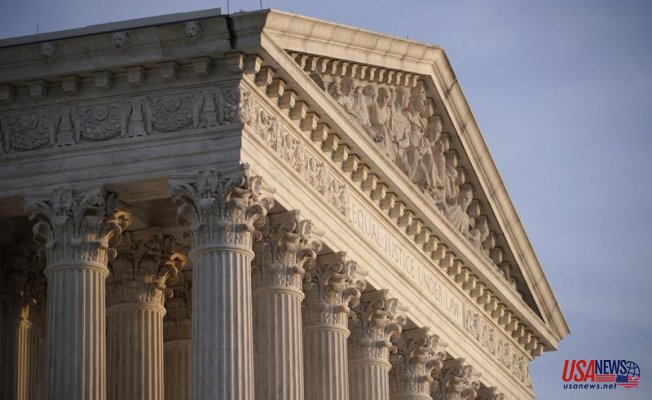 Supreme Court rules against immigrants with temporary status