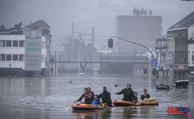 Europe floods - Shows need to reduce emissions and adapt