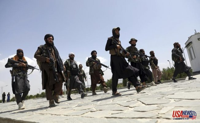 Afghans protest Taliban's rule in the face of a new challenge