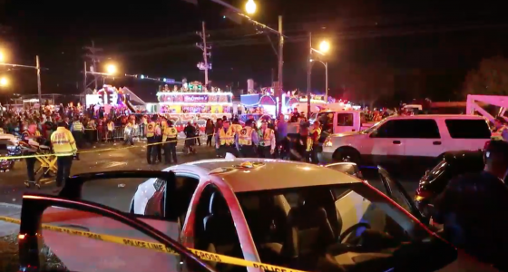 28 hurt as car plows into New Orleans Mardi Gras parade crowd; suspect in custody: police