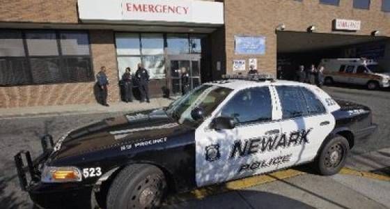 2 injured after shooting in Newark