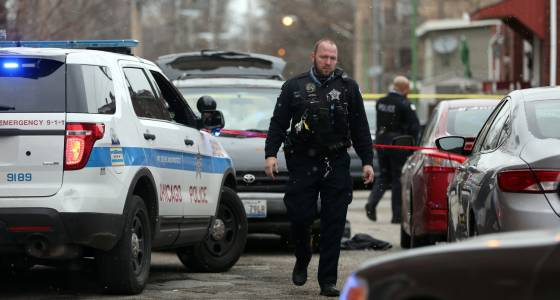 3 wounded in South Shore exchange of gunfire