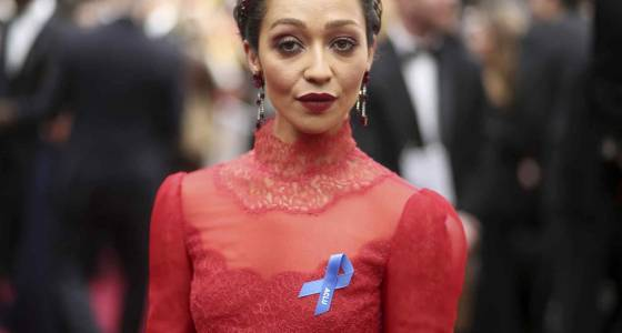 All about the Oscar blue ribbons and the stars wearing them