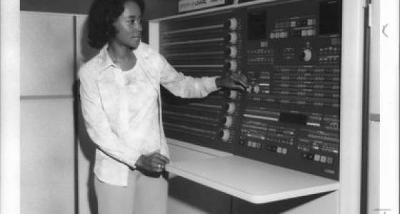 Annie Easley of NASA Glenn was a human 'computer' like those in 'Hidden Figures' (photos)