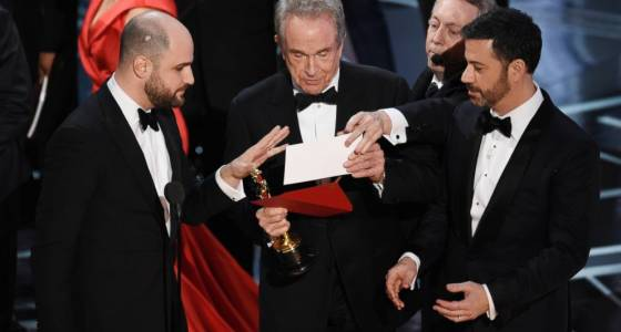 AP Exclusive: Accountants in Oscar mistake are off the show