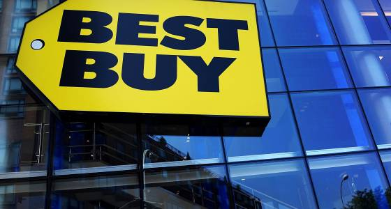 Best Buy's stock gets hammered on lackluster holiday sales