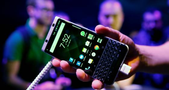 BlackBerry KEYone (Mercury) QWERTY Phone Launched At MWC 2017: Specs, Features And More