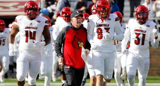 Bobby Petrino, Louisville hope to leave a disastrous end to 2016 behind them