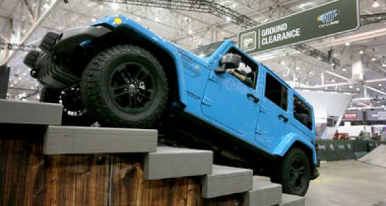 Camp Jeep bounces and soars at Cleveland Auto Show (photos, video)