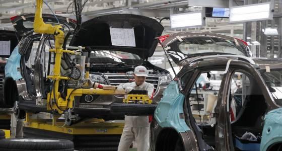 China factory activity picks up steam, surveys show