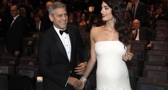 Clooney, in Paris, jokes about Trump's Paris comments