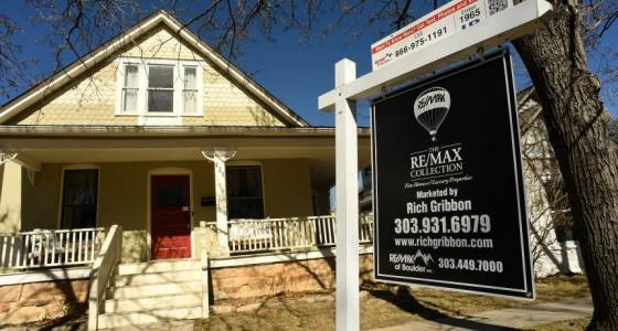 Colorado mortgage risk is rising as home values spike, report warns