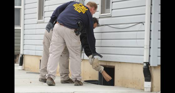 Crews continue Joliet basement dig stemming from '90 disappearance