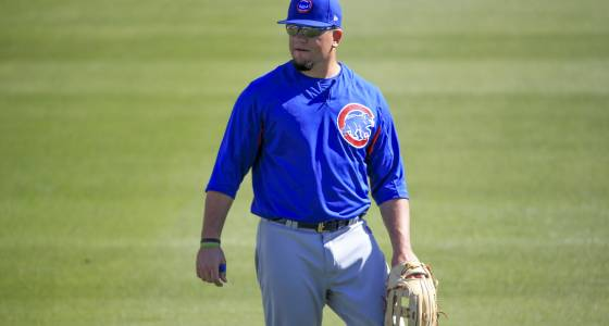 Cubs' Kyle Schwarber has carefree day in return to outfield