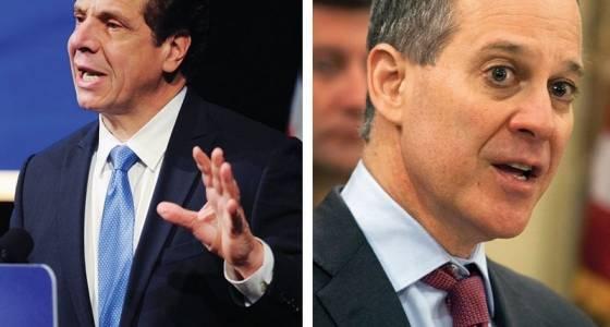 Cuomo, Schneiderman vie to be Wall Street's watchdog