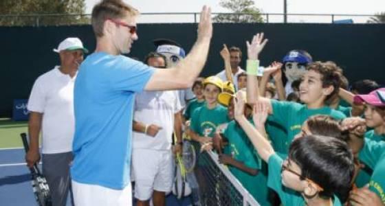 Daily Deuce: John Peers and Horia Tecau train young fans
